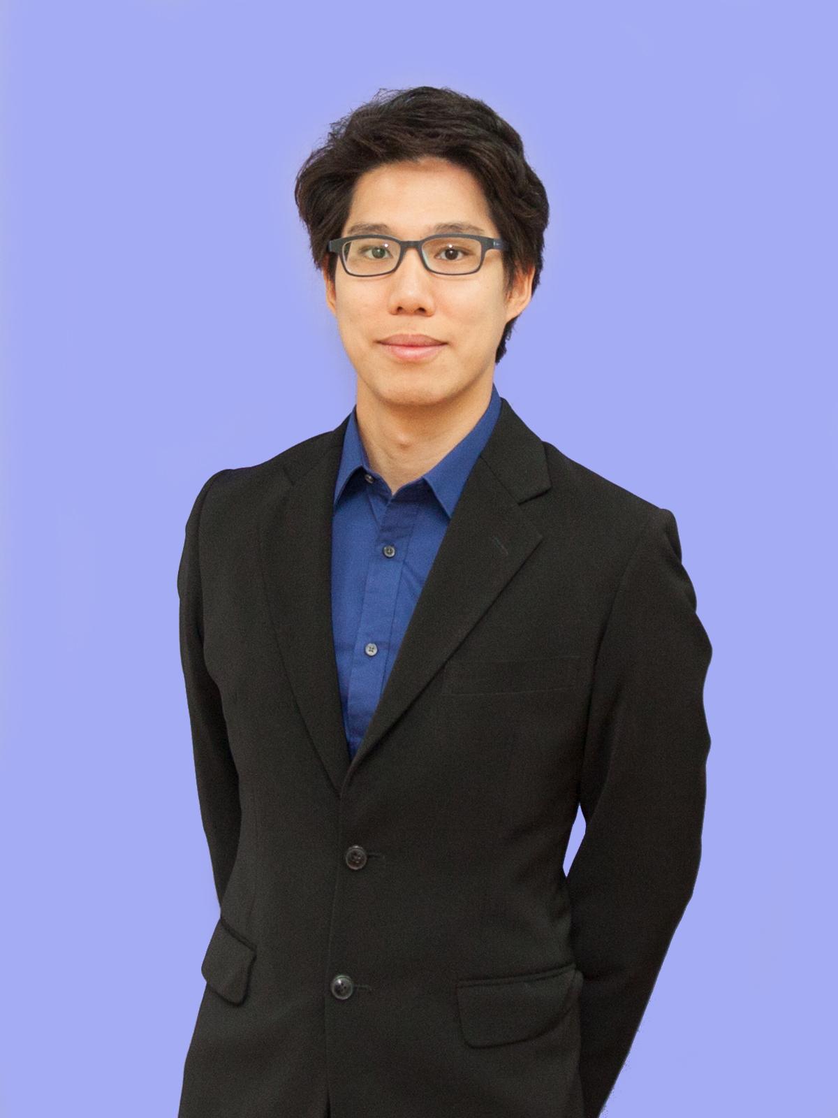 Dr. Warut Songsujaritkul